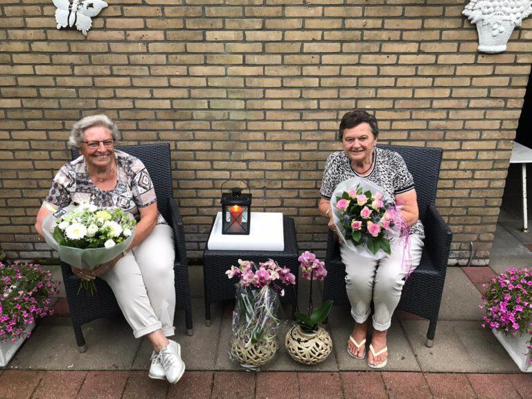 S.V. Vaassen bedankt Jenny Benjamin en Gees Schurink
